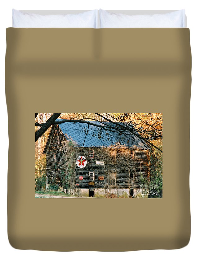 Old Duvet Cover featuring the photograph Old Grist Mill by Marvin Averett