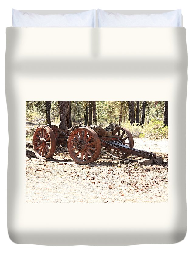 Old Wagon Duvet Cover featuring the photograph Old Logging Wagon by Carol Groenen
