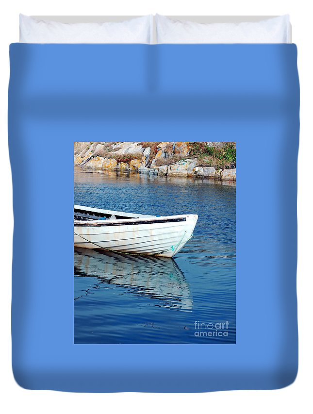 Old Duvet Cover featuring the photograph Old Row Boat by Kathleen Struckle