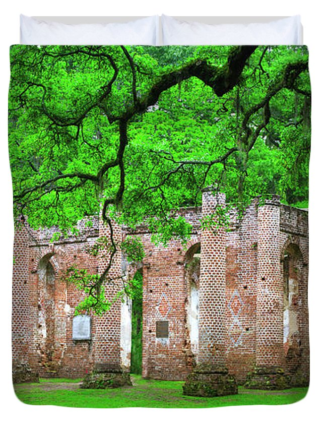 Old Sheldon Church Duvet Cover featuring the photograph Old Sheldon Church by Mark Andrew Thomas