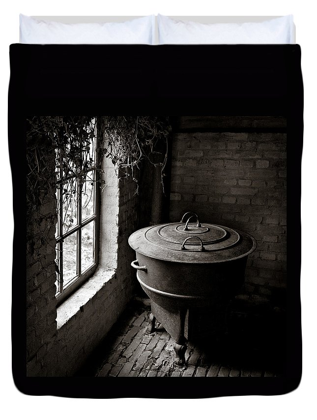 Old Duvet Cover featuring the photograph Old Stove by Dave Bowman