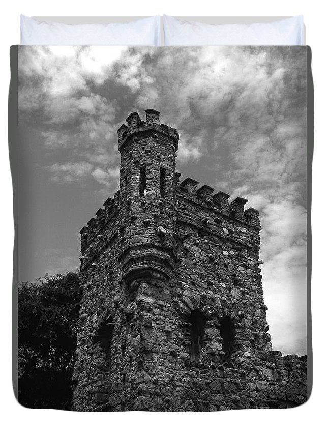 Castle Duvet Cover featuring the photograph Once Upon A Time by Richard Rizzo