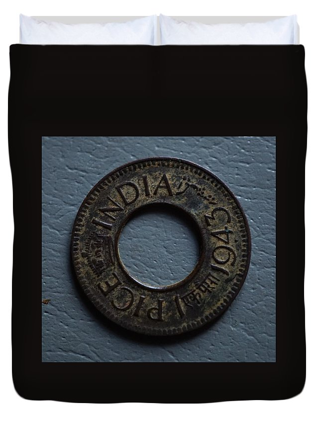 Coin Duvet Cover featuring the photograph One Pice British India by Vijayan Madhavan