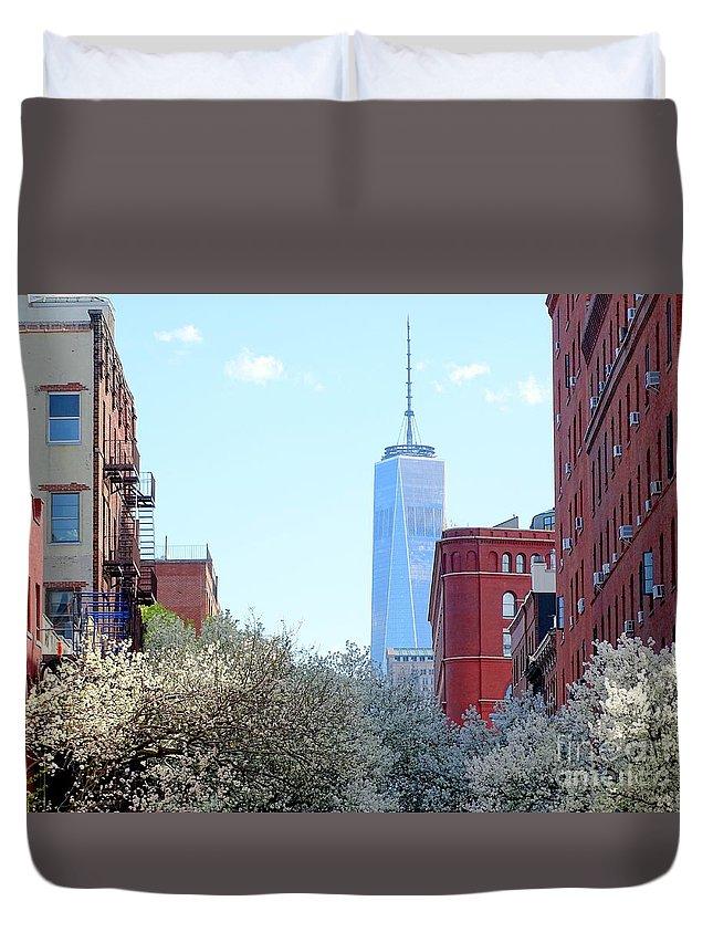 One World Trade Center Duvet Cover featuring the photograph One World Trade Center In Spring by Ed Weidman