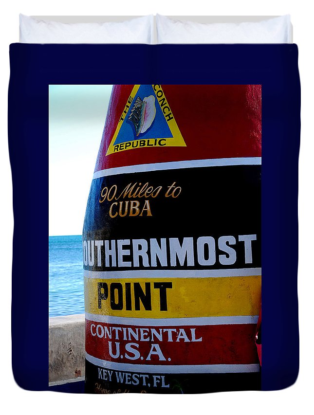 Photography Duvet Cover featuring the photograph Only 90 Miles To Cuba by Susanne Van Hulst