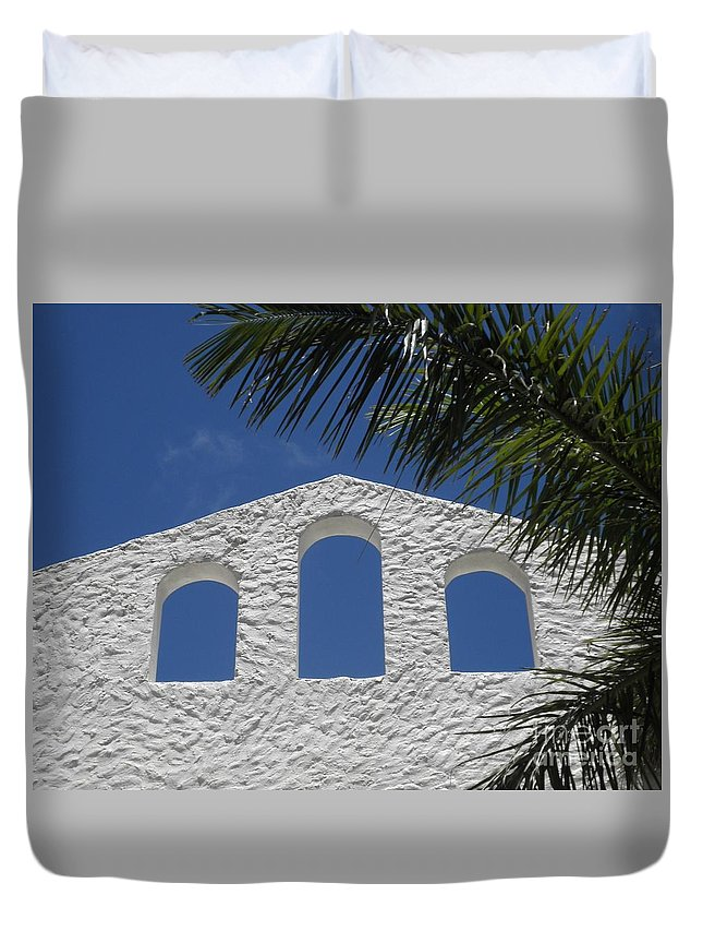 St. Maarten Duvet Cover featuring the photograph Open Air In St. Maarten by Neil Zimmerman