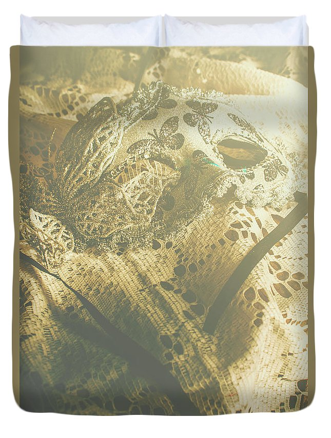 Mask Duvet Cover featuring the photograph Operatic Art by Jorgo Photography - Wall Art Gallery