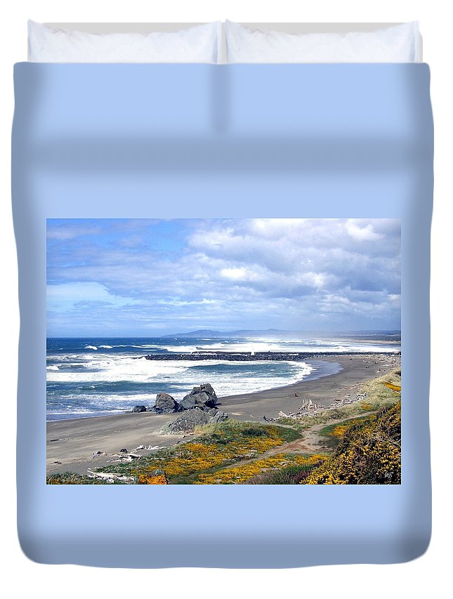 Bandon Duvet Cover featuring the photograph Oregon Coast by Will Borden