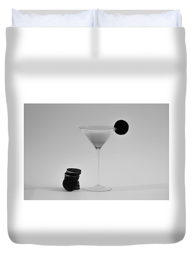 Oreotini Duvet Cover featuring the photograph Oreotini by Bill Cannon