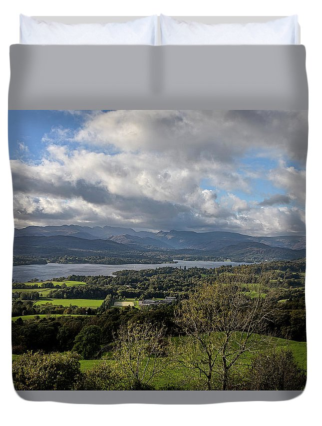 Orrest Head Duvet Cover featuring the photograph Orrest Head And Windermere by Graham Moore