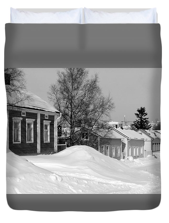Duvet Cover featuring the photograph Oulu In Winter by Product Pics