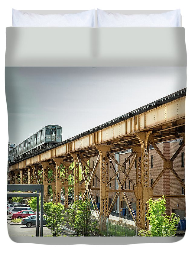 Cta Duvet Cover featuring the photograph Outbound Blue Line by Greg Thiemeyer
