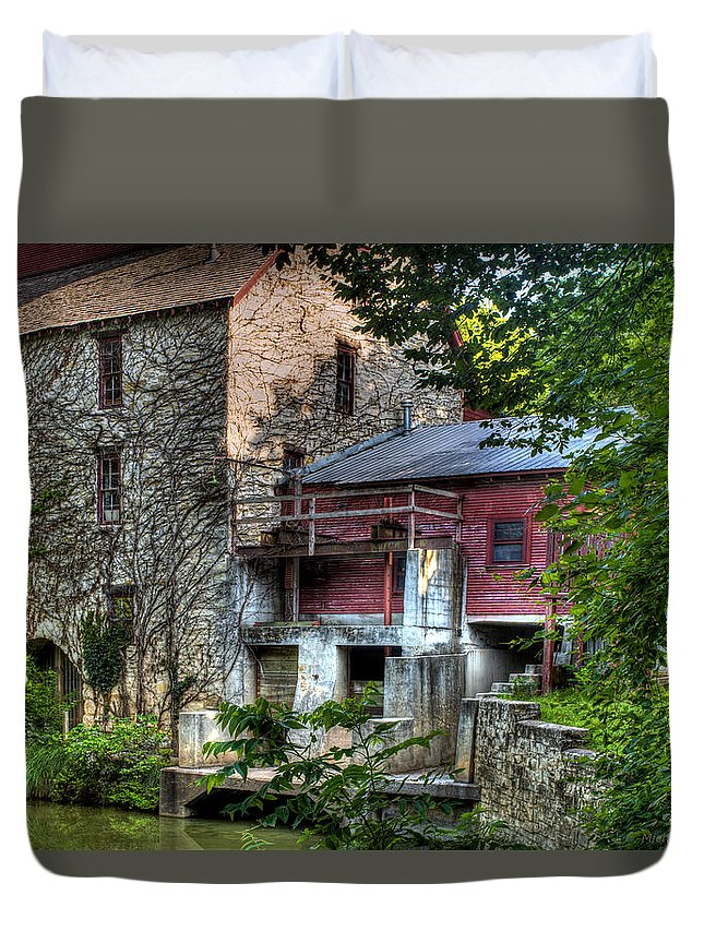 Oxford Mill Duvet Cover featuring the photograph Oxford Mill-summertime by Michael Ciskowski