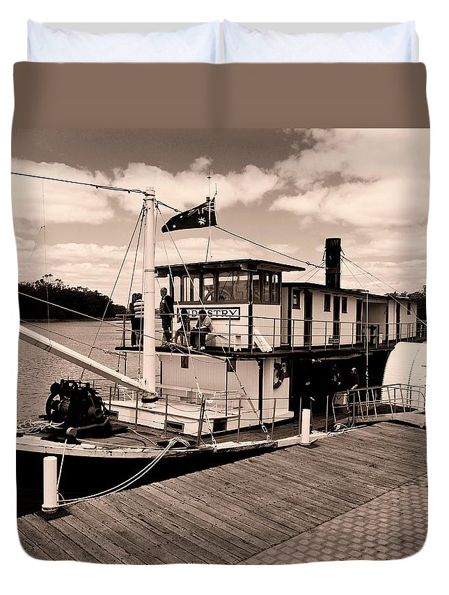 Murray River Duvet Cover featuring the photograph Paddlesteamer by Douglas Barnard