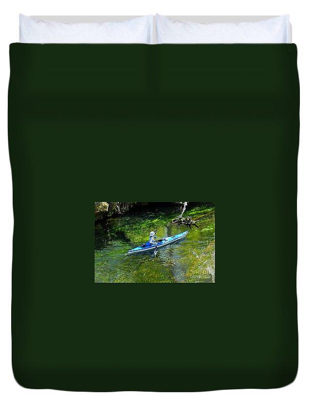 Ichetucknee Springs Duvet Cover featuring the photograph Paddling The Ichetucknee by David Lee Thompson