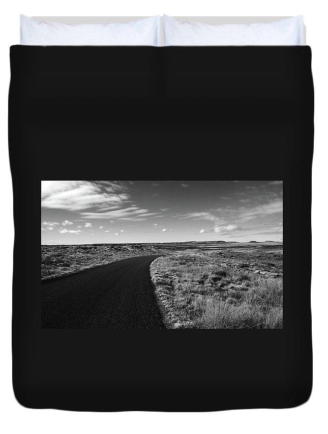 B&w Duvet Cover featuring the photograph Painted Desert 2 by Ralph Muzio