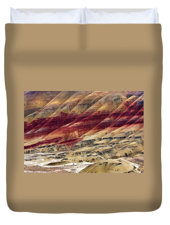 Painted Hills Duvet Cover featuring the photograph Painted Hills Contour by Mike Dawson