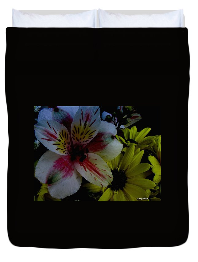 Art For The Wall...patzer Photography Duvet Cover featuring the photograph Painted Lily by Greg Patzer