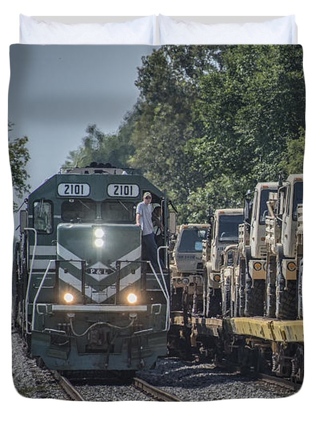 P&l Duvet Cover featuring the photograph Pal Military Train Roll-by by Jim Pearson