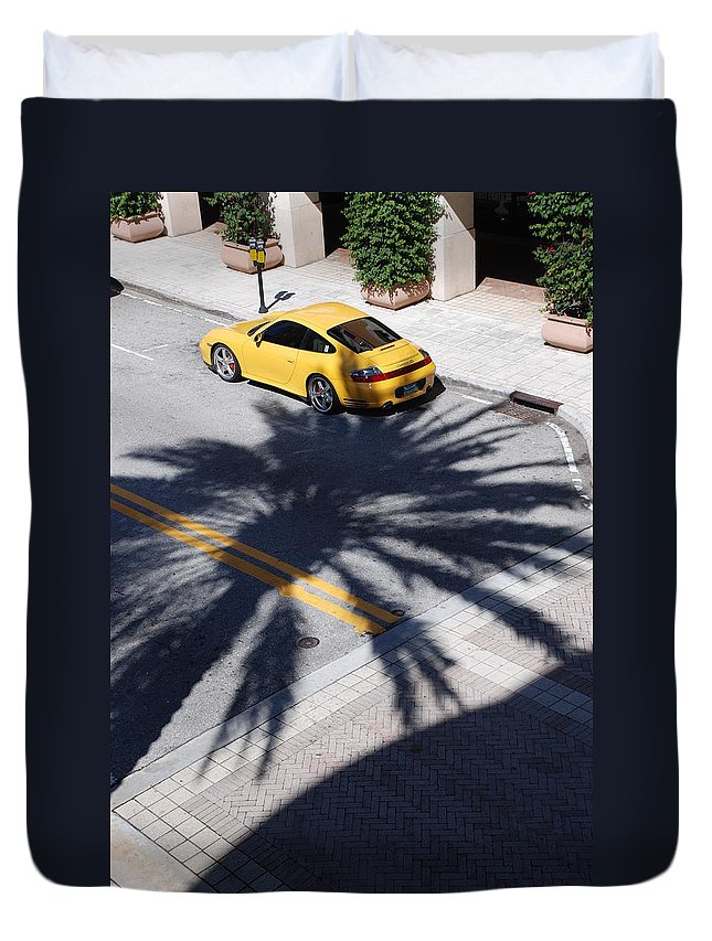 Porsche Duvet Cover featuring the photograph Palm Porsche by Rob Hans