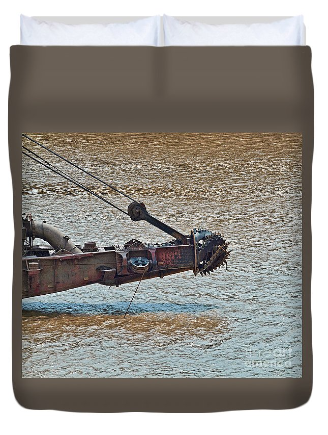 Cutter Duvet Cover featuring the photograph Panama051 by Howard Stapleton