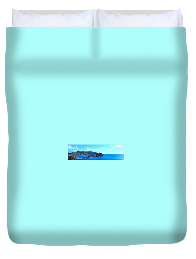 St Kitts Duvet Cover featuring the photograph Panhandle by Ian MacDonald