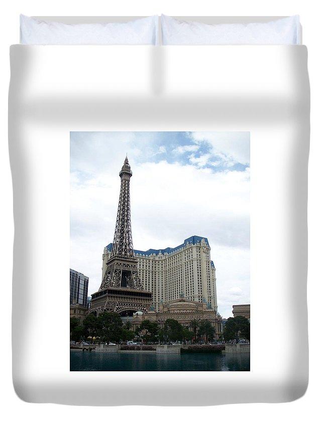 Bellagio Duvet Cover featuring the photograph Paris Hotel by Anita Burgermeister