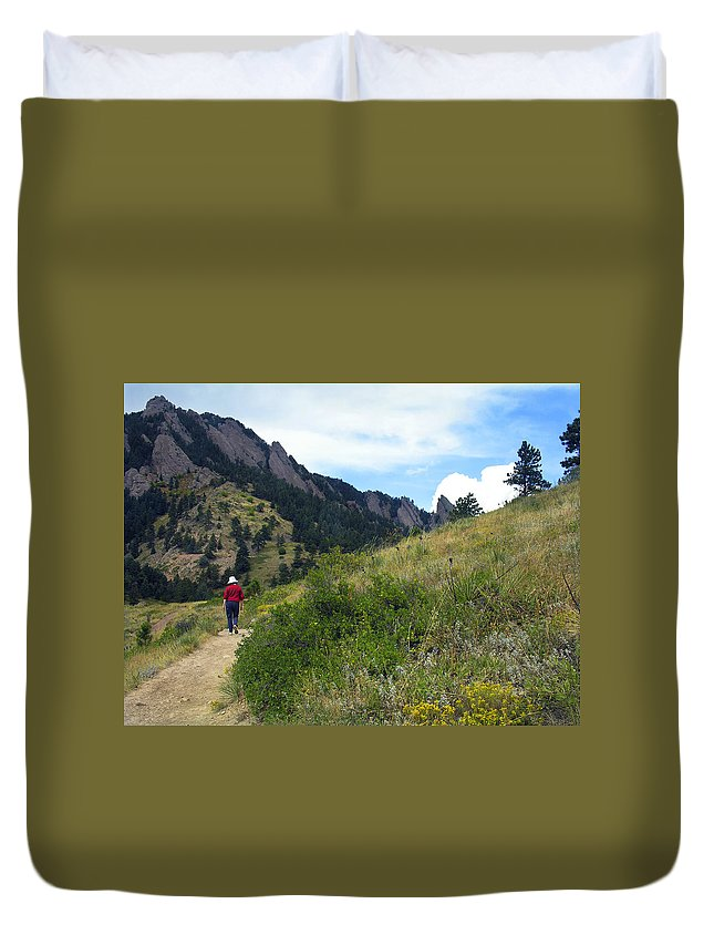 Walk Duvet Cover featuring the photograph Passing Through by Marilyn Hunt
