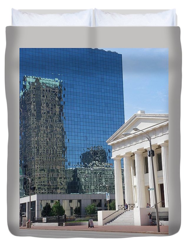 St.louis Duvet Cover featuring the photograph Past And Present Reflections by Peggy King