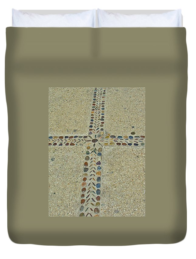 Cross Duvet Cover featuring the photograph Patience by Diana Hatcher