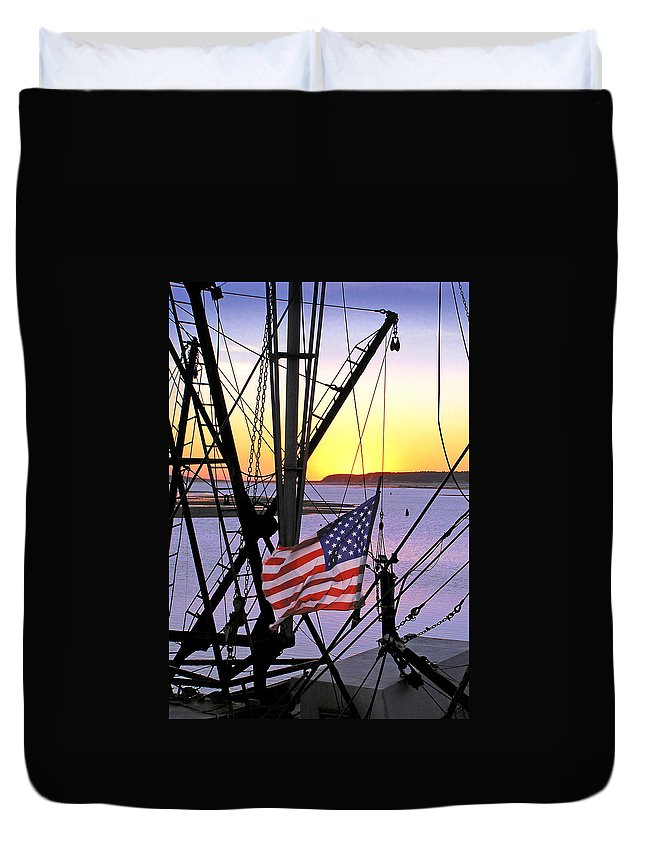Patriot Duvet Cover featuring the photograph Patriotic Fisherman by Charles Harden