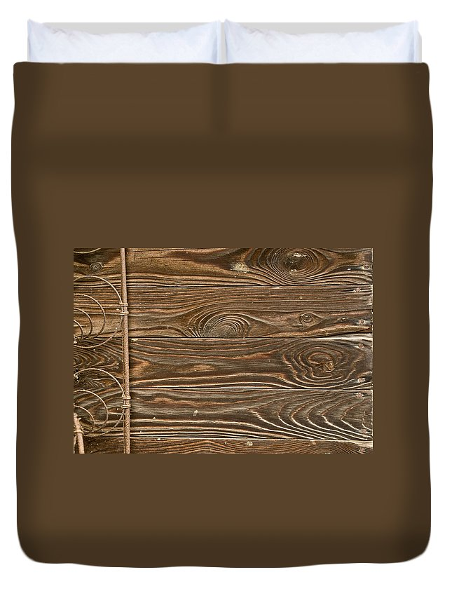 Wood Duvet Cover featuring the photograph Patterns Of Life by Douglas Barnett