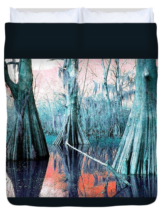 Bayou Duvet Cover featuring the photograph Peace On Water by Gina Welch