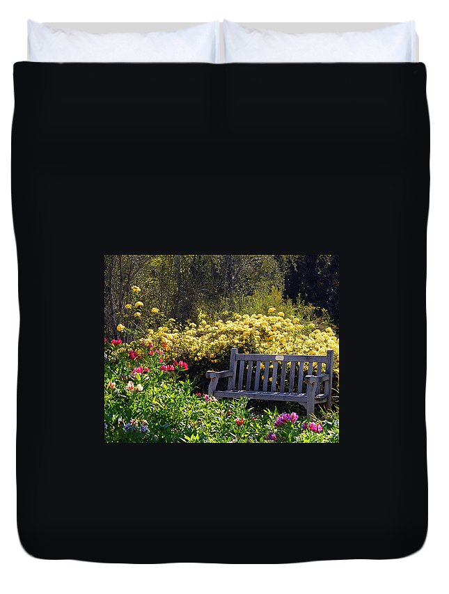 Flowers Duvet Cover featuring the photograph Peaceful by Amy Fose