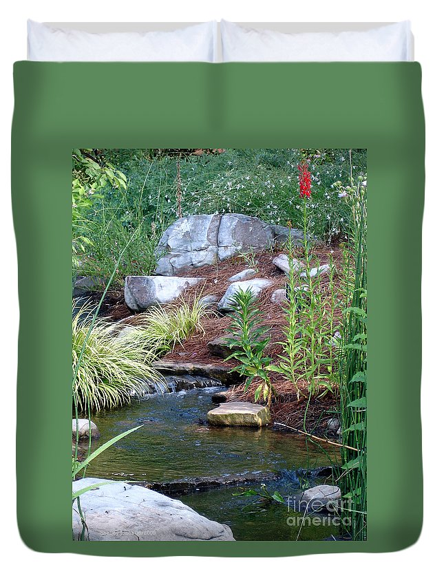 Landscape Duvet Cover featuring the photograph Peaceful by Shelley Jones