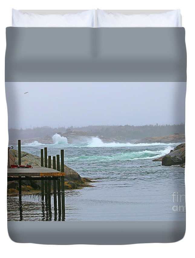 Peggy's Cove Lighthouse Duvet Cover featuring the photograph Peggys Cove 6022 by Jack Schultz