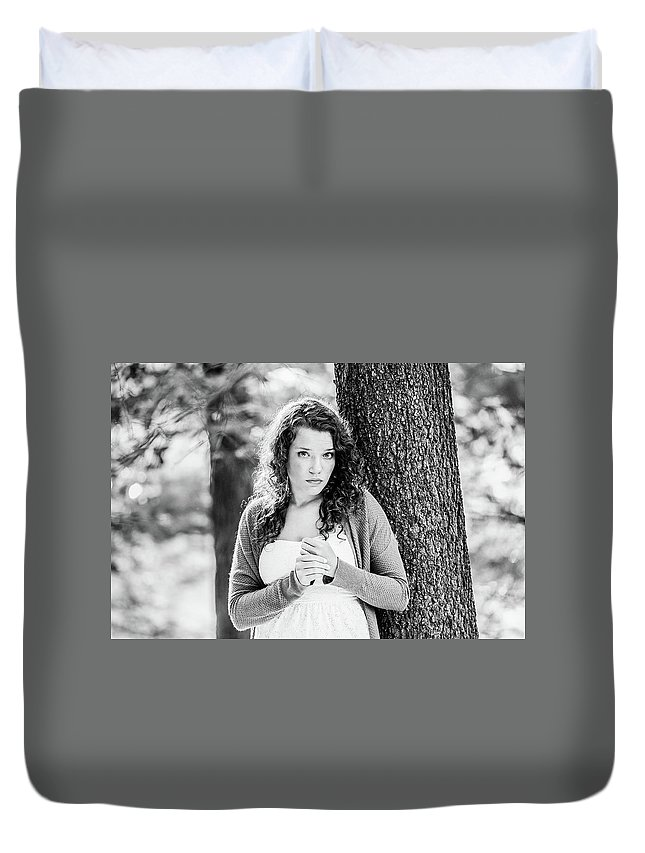 Girl Duvet Cover featuring the photograph Pensive by Lisa Lemmons-Powers