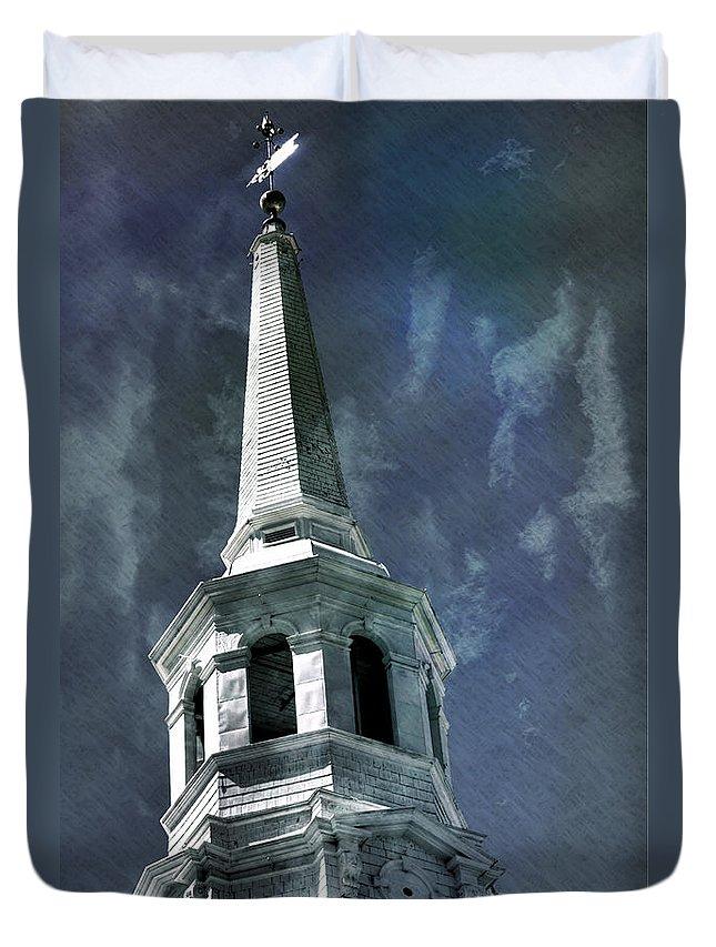 Philadelphia Duvet Cover featuring the photograph Philadelphia Christ Church by Scott Wyatt