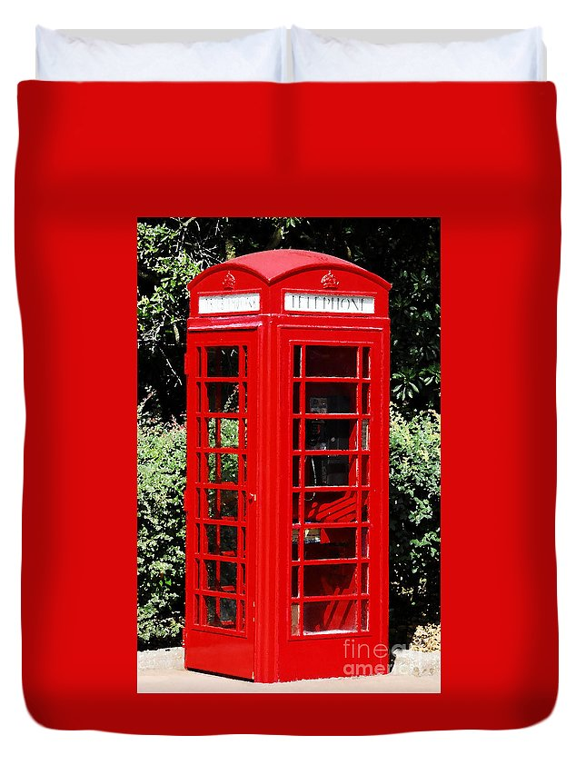 Phone Booth Duvet Cover featuring the photograph Phone Booth by David Lee Thompson