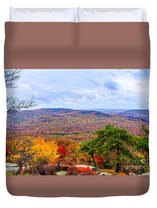 Bear Mountain Overlook Duvet Cover featuring the photograph Photo by William Rogers