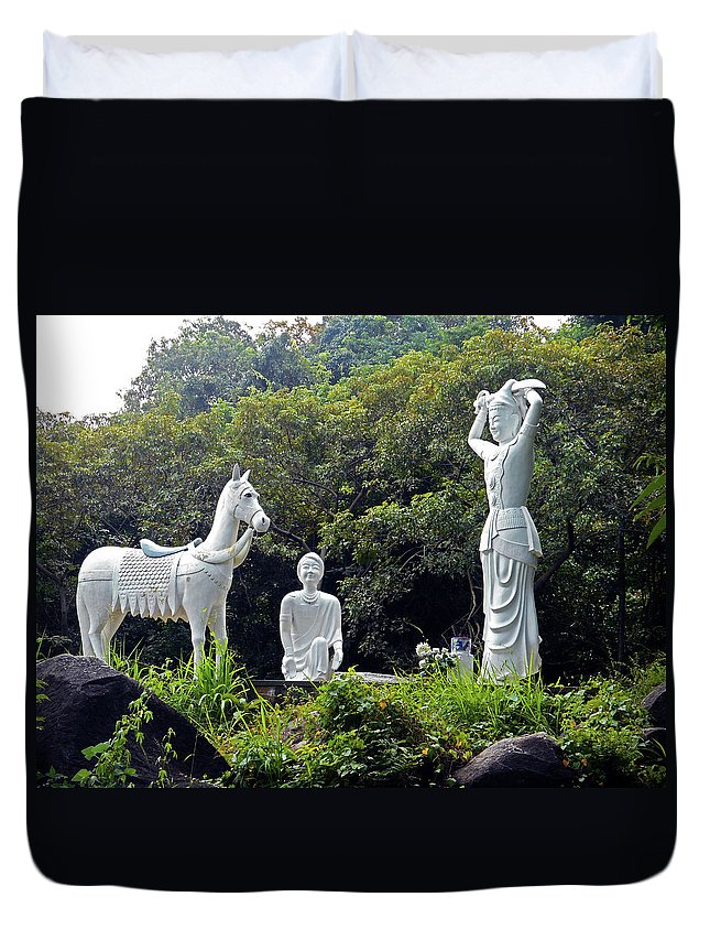 Phu My Duvet Cover featuring the photograph Phu My Statues 1 by Ron Kandt