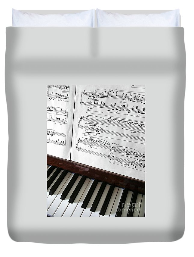 Acoustic Duvet Cover featuring the photograph Piano Keys by Carlos Caetano