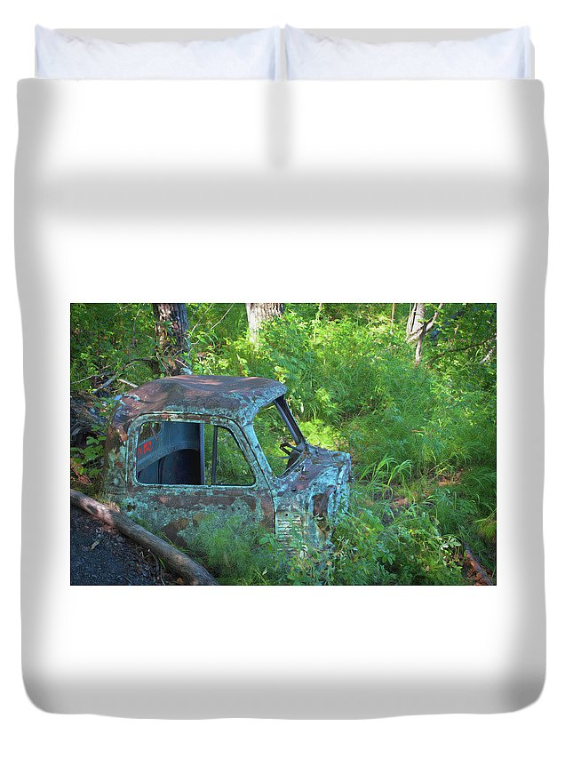 Car Duvet Cover featuring the photograph Pickup Cab by Cathy Mahnke