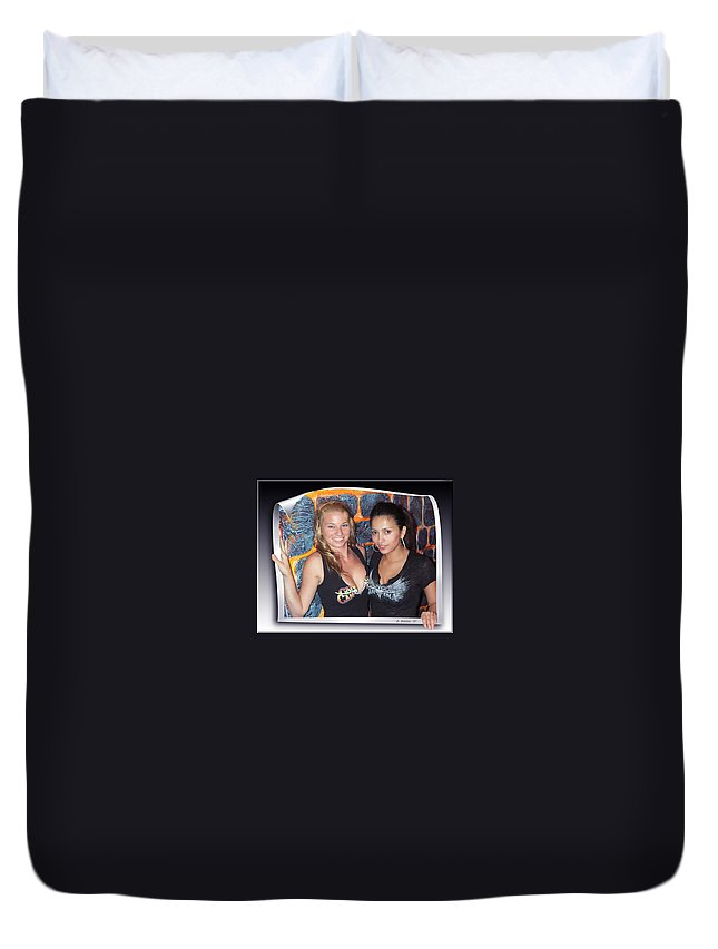 2d Duvet Cover featuring the photograph Picture Perfect by Brian Wallace