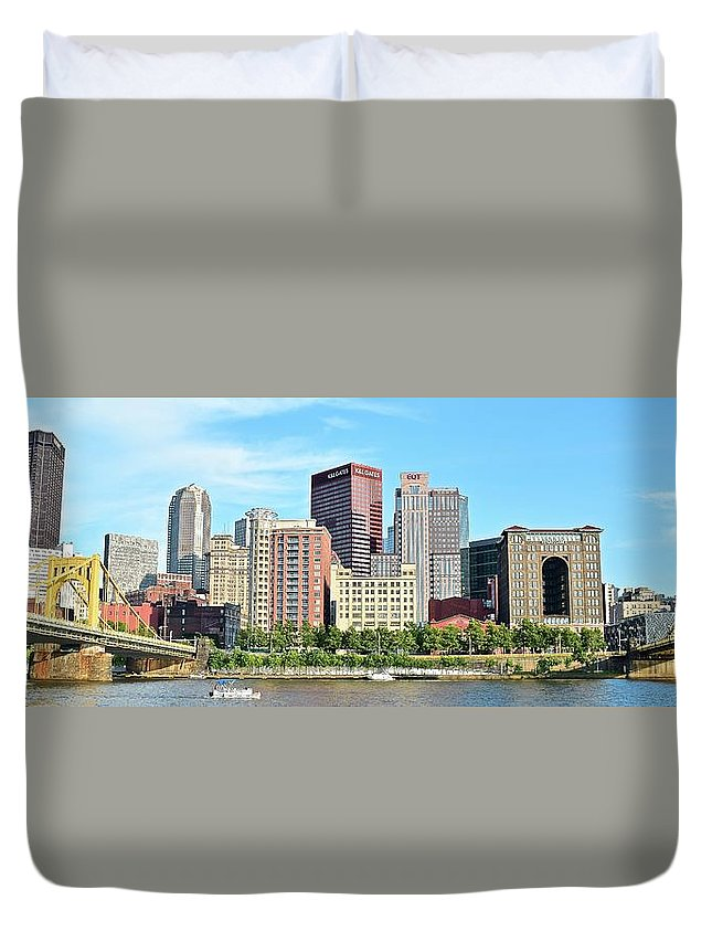 Pittsburgh Duvet Cover featuring the photograph Picture Perfect Pittsburgh Panoramic by Frozen in Time Fine Art Photography
