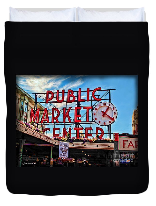 Elliott Bay Duvet Cover featuring the photograph Pike Place Market by Joan Minchak