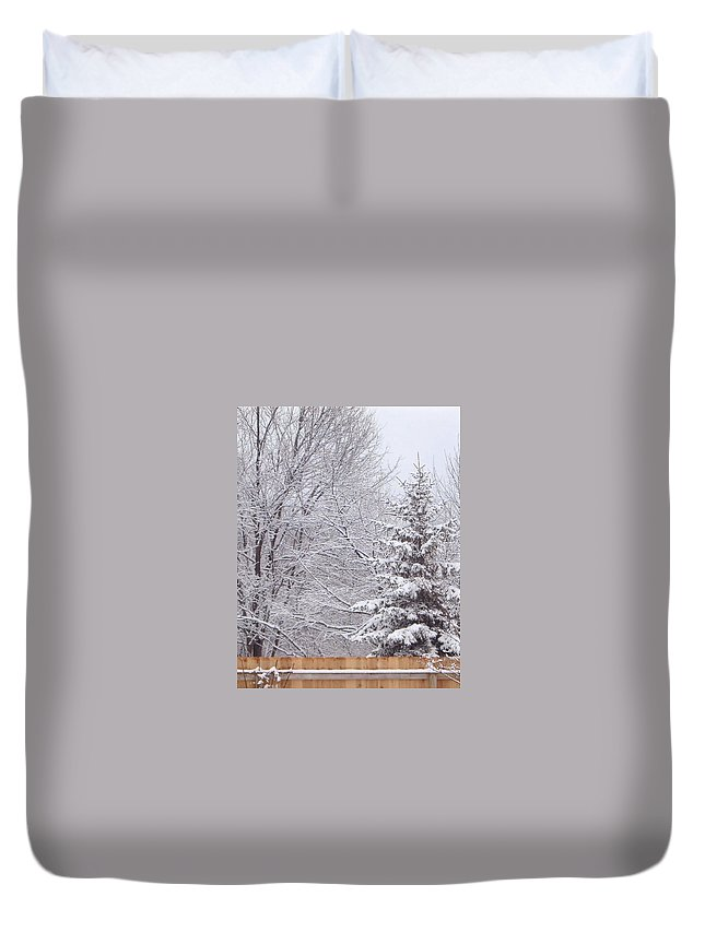 pine Tree Duvet Cover featuring the photograph Pine Tree - Winter Scene by Michael Vigliotti