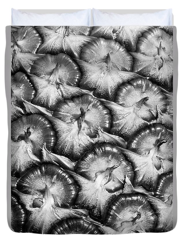 Abstract Duvet Cover featuring the photograph Pineapple Skin - Bw by Greg Vaughn - Printscapes