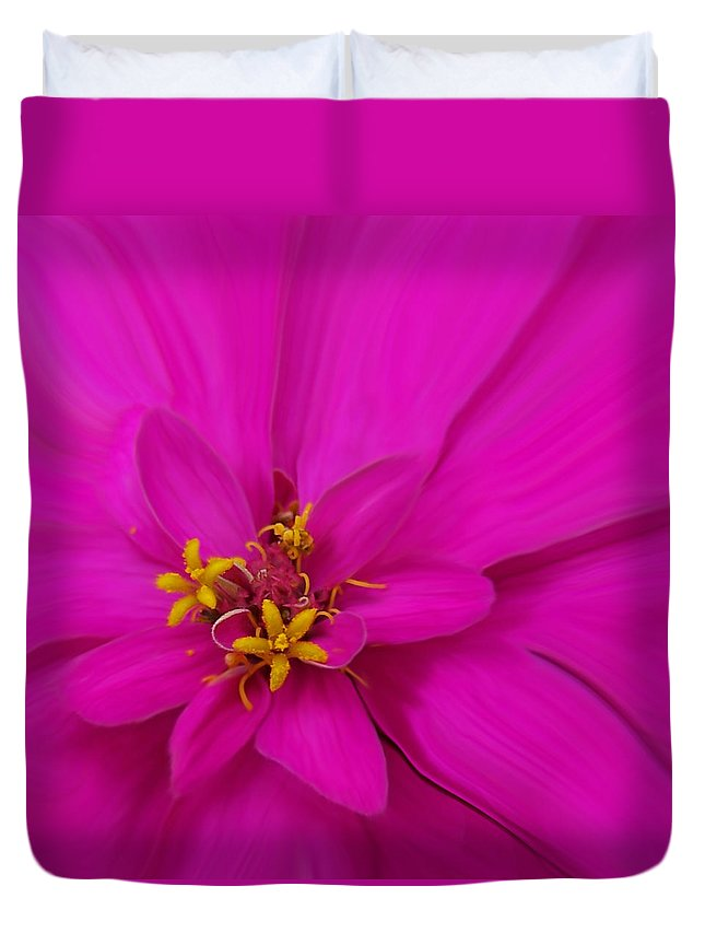 Flora Duvet Cover featuring the photograph Pink by Ernie Echols