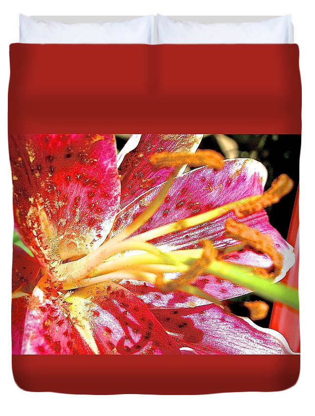 Pink Flower Duvet Cover featuring the photograph Pink Lilly by Danielle Sigmon